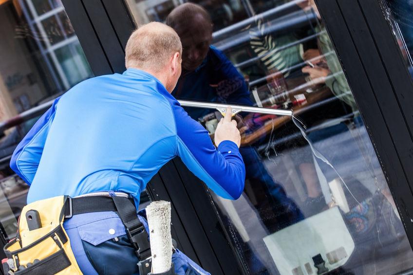 Lavage vitres entreprises 95